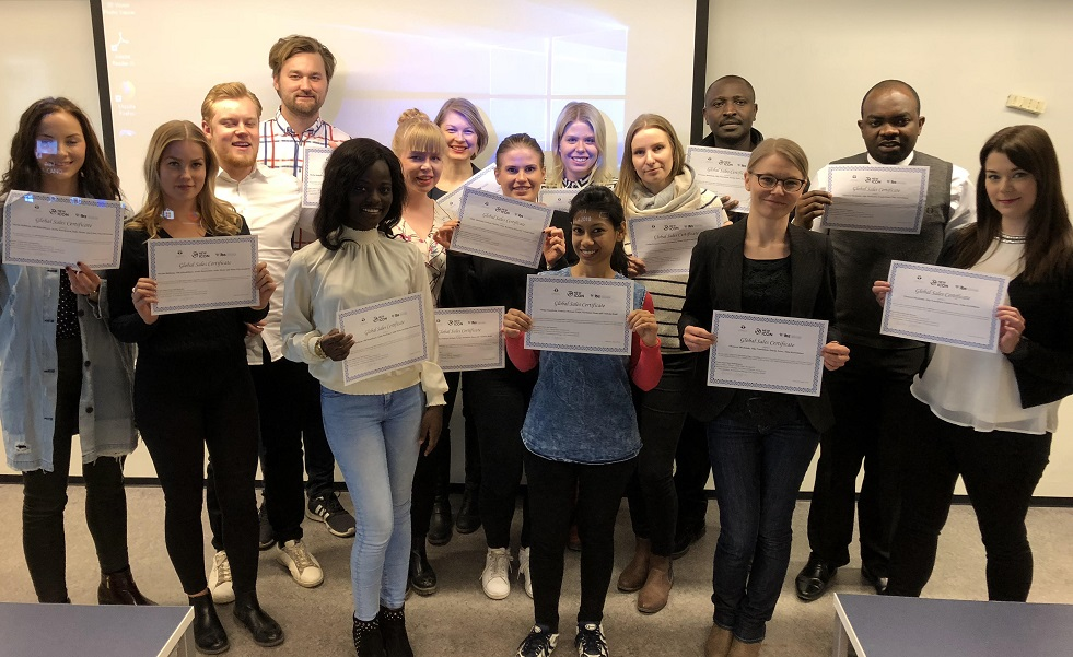 Itä-Suomen yliopiston opiskelijat kartoittivat NewIconille jälleenmyyjiä Euroopasta ja Aasiasta